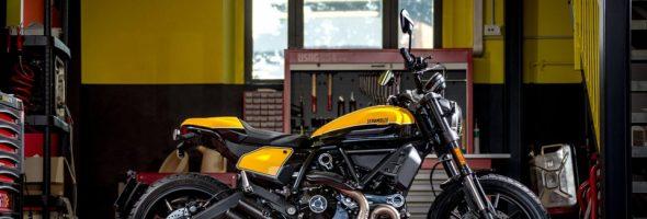 Full Throttle・Café Racer ラストチャンスです!